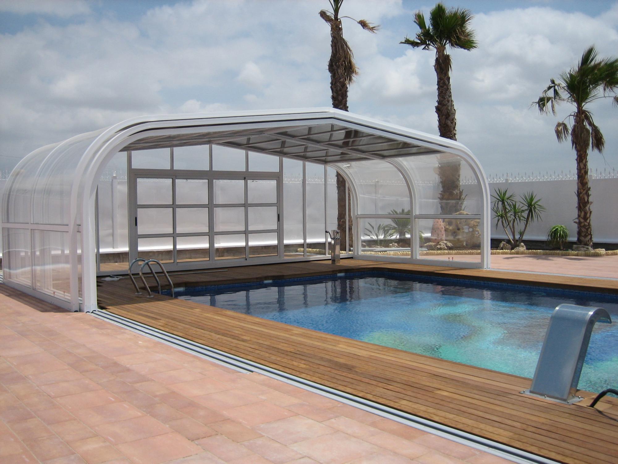 Abri piscine t lescopique vlt abris alu par apc - Piscine aqualude montbrison ...